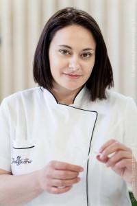 La Cake Decorator Teresa Insero